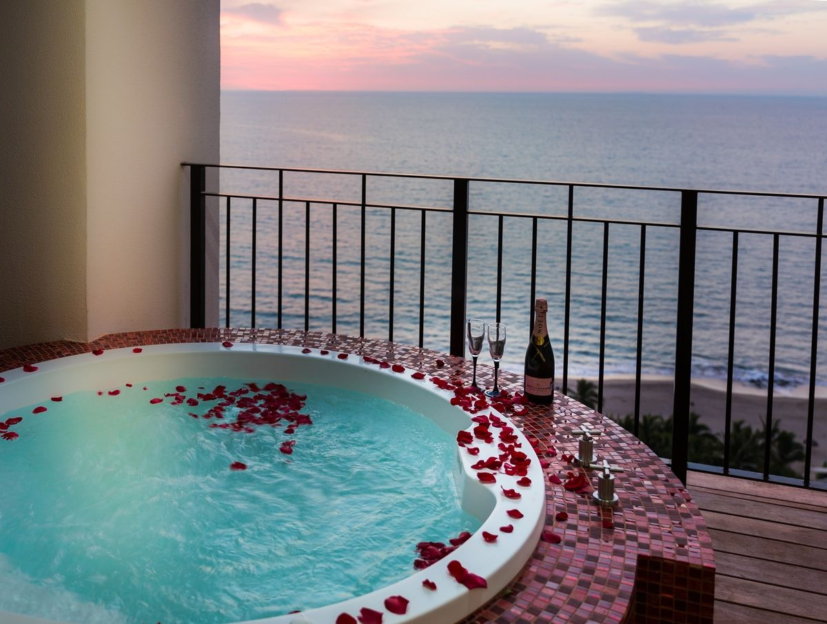 speed dating hotel los delfines Situated in puerto del carmen, los delfines apartment features accommodation with a private pool.